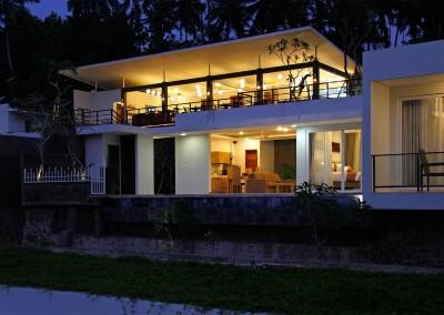 Upstairs-Yoga-Hall-at-Night-and-Villa-Below