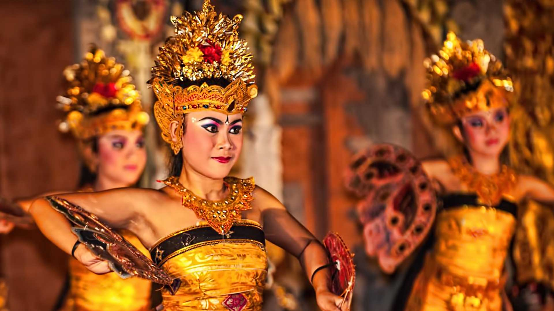 Immerse Yourself Into The Sacred Balinese Arts